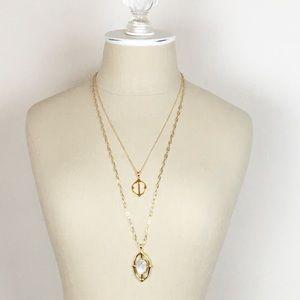 Stella & Dot Fortuna Stone Pendant  Necklace Gold